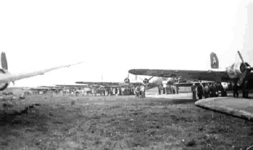 91st Bomb Group B-17's in line loading POWs at Stalag Luft I