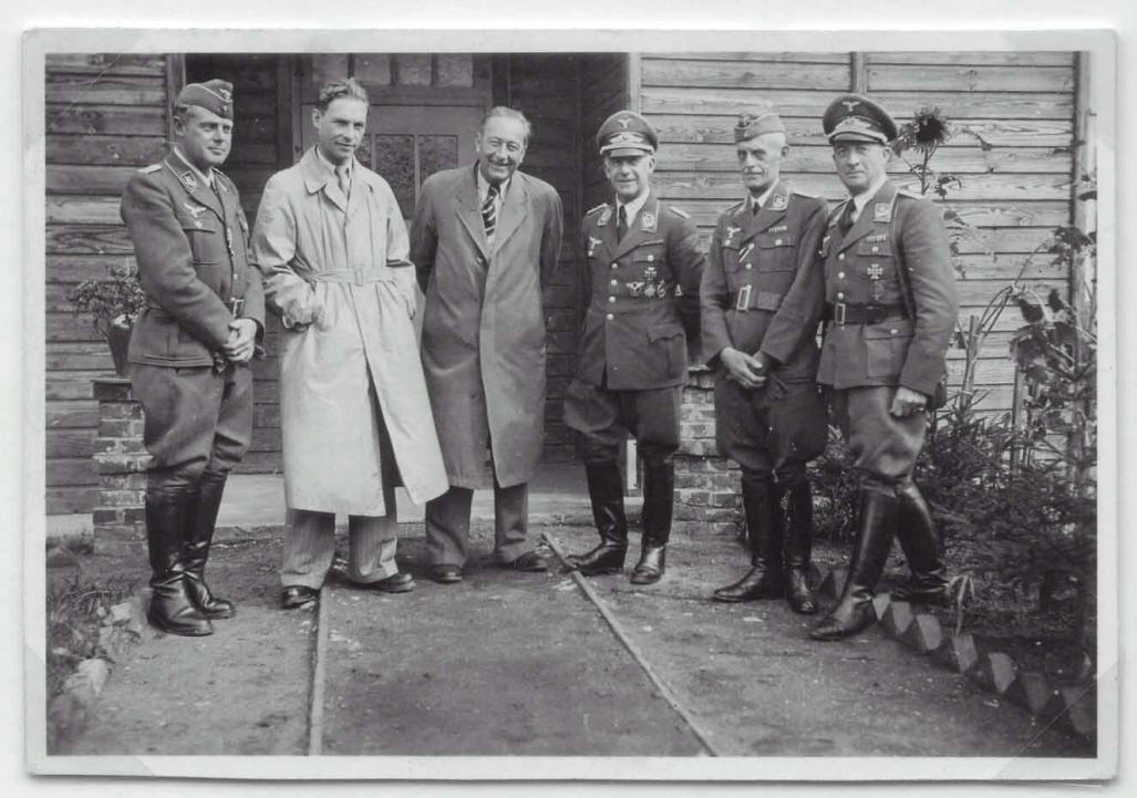 German administration with Swiss visitors